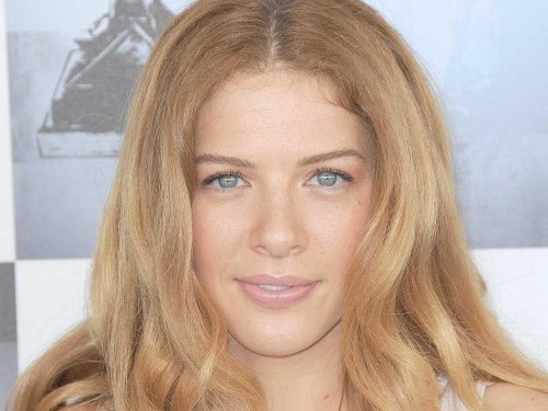 2-Rachelle Lefevre - before