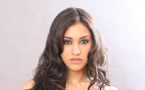 Janina Gavankar - before