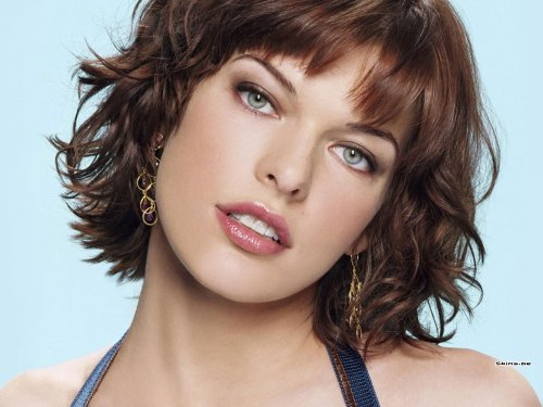 Milla Jovovich - before