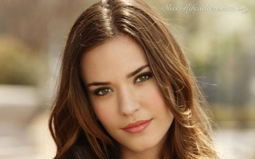Odette Annable - after_1