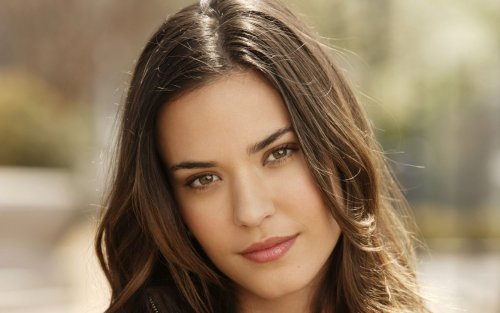 Odette Annable - before